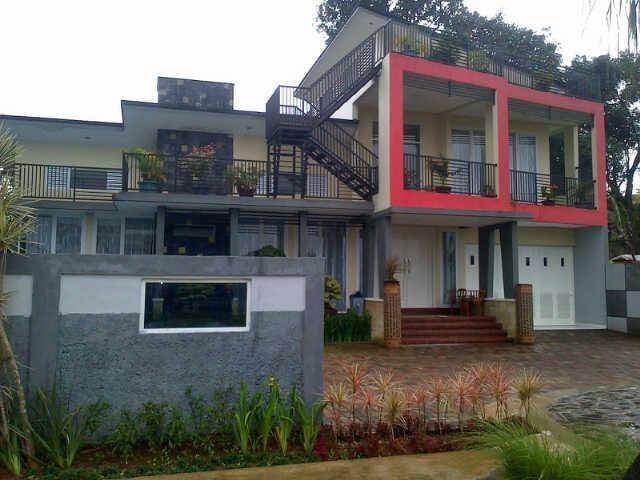 Villa Arisela cipanas puncak 6 kamar tidur kolam renang peribadi murah