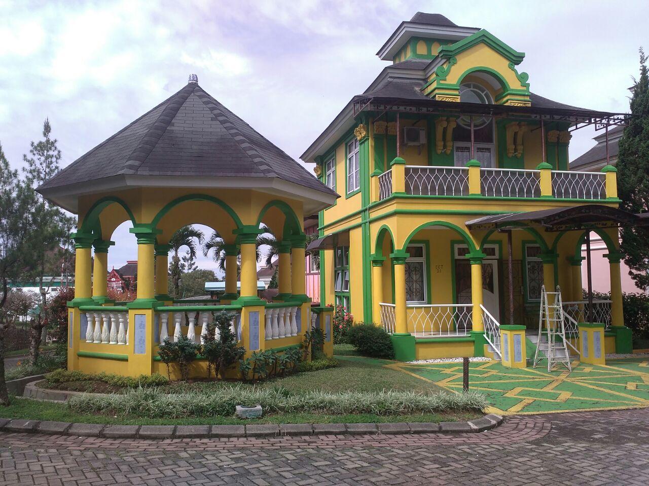 Villa Praha 2 kamar tidur di kota bunga puncak