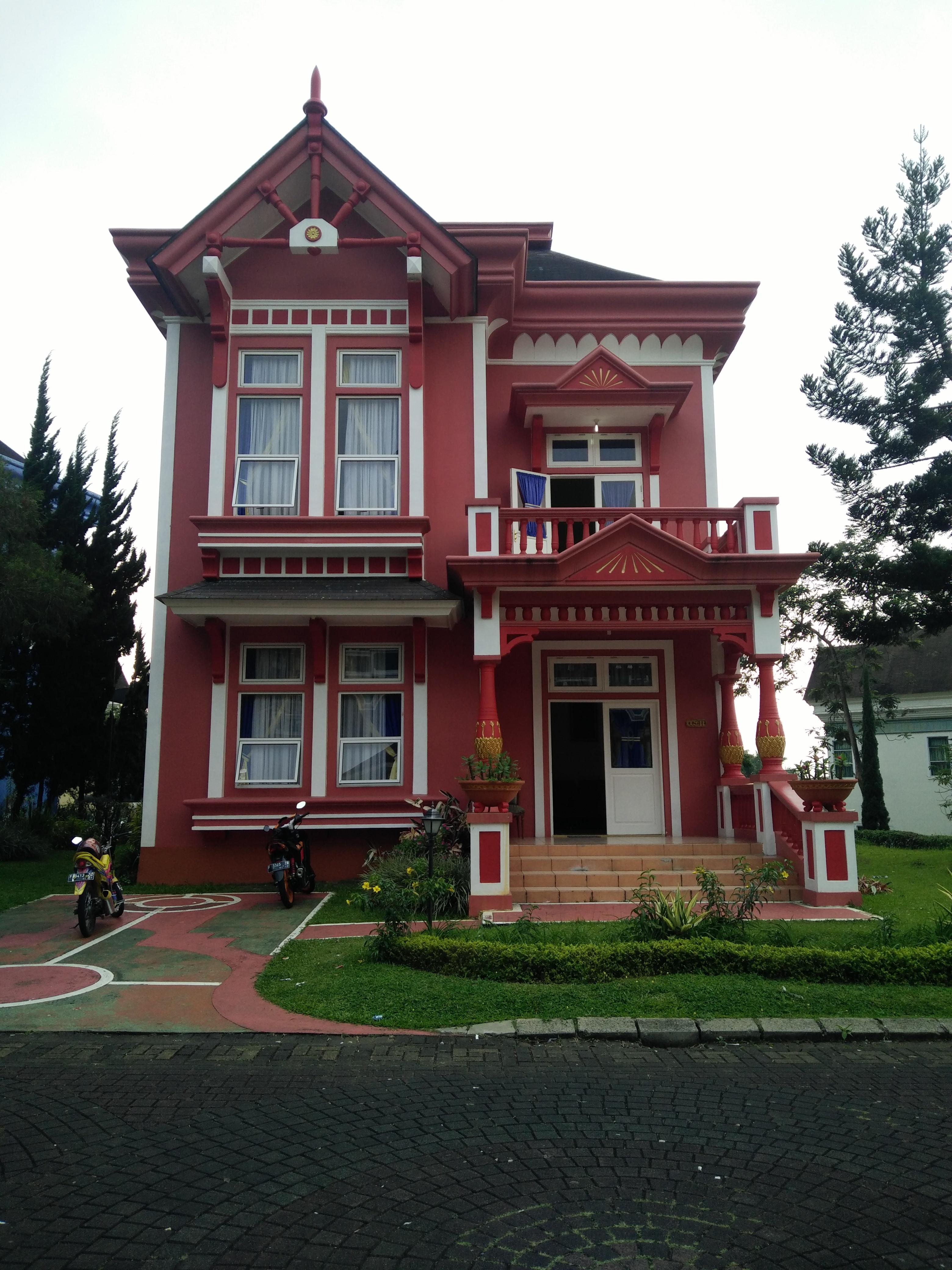Villa Queen Elisabeth 4 kamar tidur di kota bunga